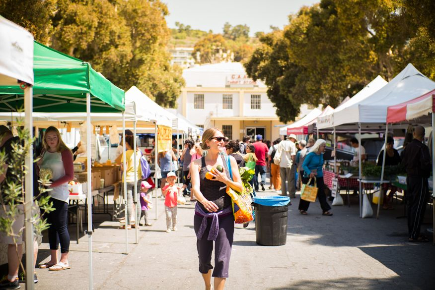 Downtown Ventura Farmers' Market